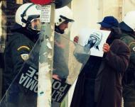 12-01-2013 πορεία αλληλεγγύης στις καταλήψεις [video από την ομάδαδιακόπτες]